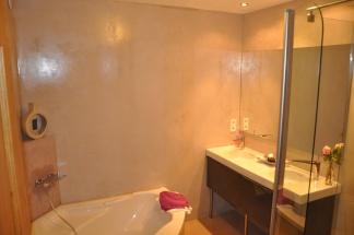 gite-nuit-etoilee-salle-de-bain-3.jpg
